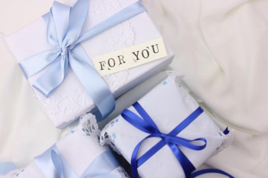 女性にプレゼントをもらった時にとるべき7つの行動